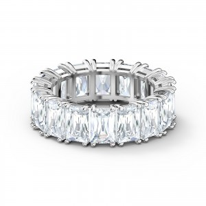 Band Ring Vittore Wide Rhodium Plated With White Stones